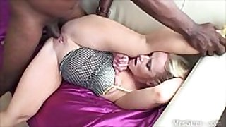 Bbc bonks sexually horny Married doxy in the arse