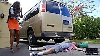 Huge love muffins dark milf causes and solves an accident