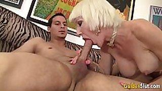 Old woman dalny marga seduces guy