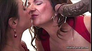 Milf ariella ferrera and deuxma foot fetish