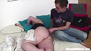 Bigtit plump mom anal fucked by youthful dong