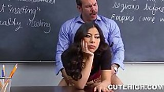 Handsome instructor humps nasty cheating cheating hotwife