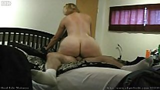 Big butt blonde cougar karmen45f from naughty4y...
