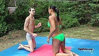 Mx-02: tia vs sunny - competitive mixed wrestling