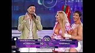 Andrea ghidone - bailando 2010 - disrobe dance