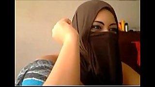 Muslim web camera smutty bitch cheating Married slut using sex tool