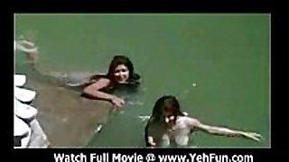 Bollywood actress bathing undressed