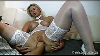 Hardcore golden-haired amateur fisting