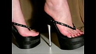 Walking in 7inch high heel platform straps