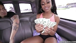 Chocolate skin bombshell lets Bruno fuck her for some cash