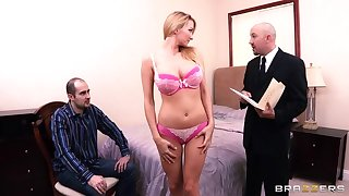 Blonde-haired nympho with big boobs fucks cocky FBI agent
