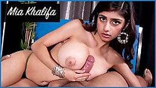 Bangbros - mia khalifa looks stunning as that honey ge...